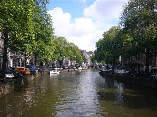 アムステルダム市内の運河