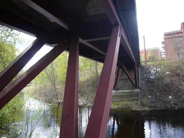 橋脚(基礎以外は全部木製でした)